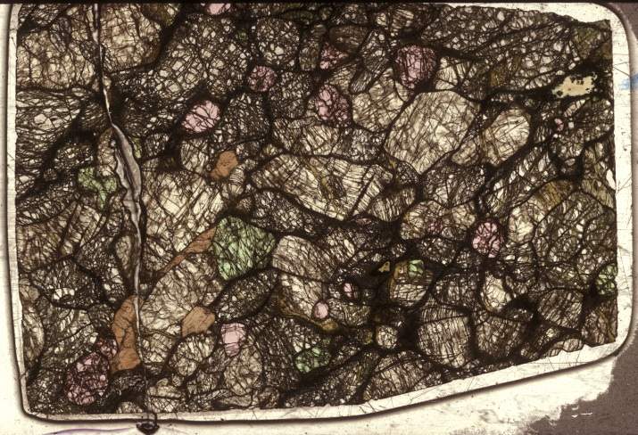 Spinel In Thin Section Metamorphic Petrology Geology