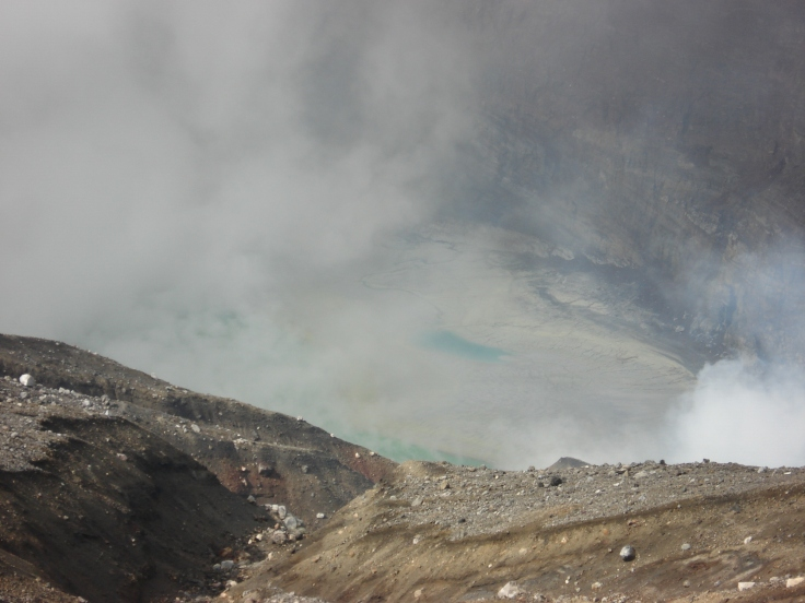 There is a beautiful turquoise coloured lake at the bottom of the vent, but it was largely obscured by the steam.