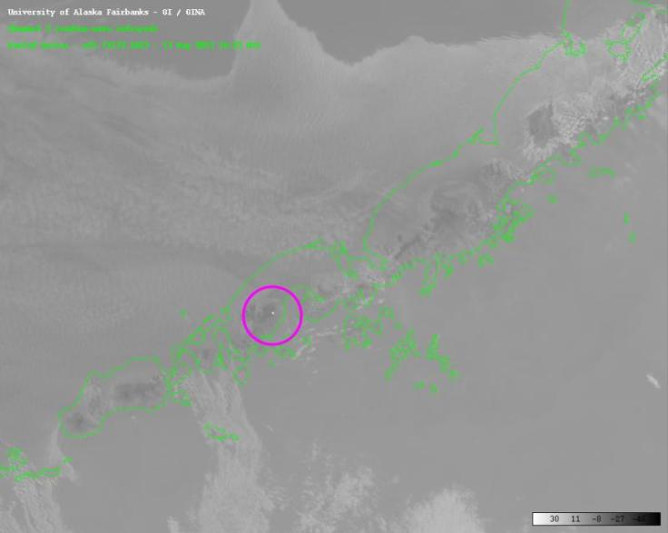 """A thermal anomaly is likely the result of new lava at Pavlof"" http://www.avo.alaska.edu/images/image.php?id=48891"