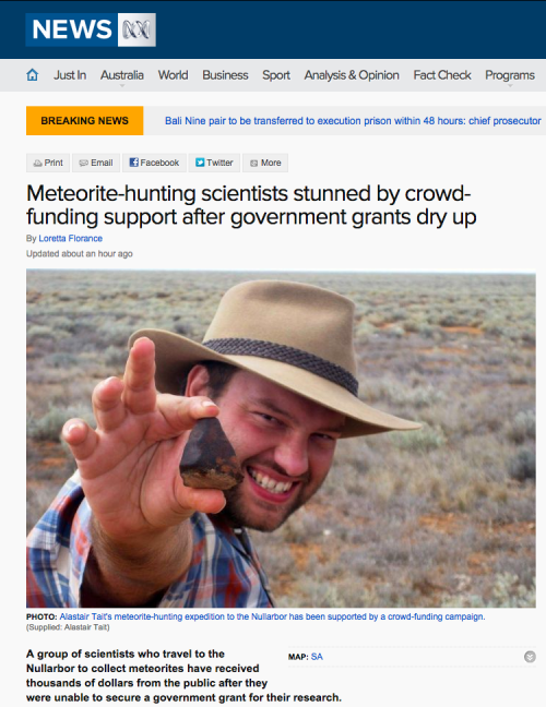 Meteorite-hunting_scientists_stunned_by_crowd-funding_support_after_government_grants_dry_up_-_ABC_News__Australian_Broadcasting_Corporation_