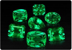 Cut gemstones of Emerald Image from - http://www.capitolcraftsman.com/